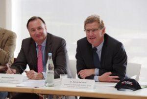 Auftaktpressekonferenz - Michael Scherer (Geschäftsführer Norddeutsche Brauereiverbände; li.), Dr. Bernd Buchholz (Wirtschaftsminister Schleswig-Holstein)